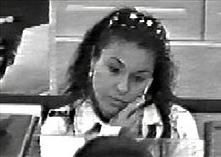 Hình ảnh thủ phạm do camera ngân hàng ghi lại.