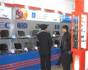 Cửa hàng Notebook Professional Shop tại Hà Nội.
