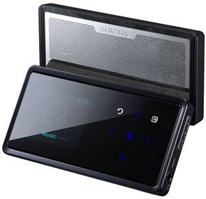 Samsung YP-K5. Ảnh: Regmedia.