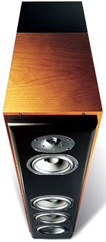Revel F52 - loa cột 3 đường tiếng. Ảnh: Ultimate AV.