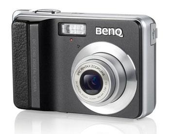 C740i cho phép người dùng tùy chỉnh độ mở ống kính và tốc độ trập theo ý muốn. Ảnh: BenQ.