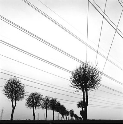 Artenay (Beauce). Tác giả: Gérard Laurenceau. Máy: Hasselblad 501c, ống kính Hasselblad CF Distagon 4/50. Địa điểm: Pháp.