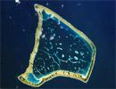 Tokelau nhìn từ vệ tinh. Ảnh: Oceandots.