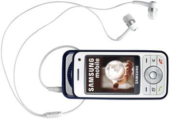 Samsung i450 trượt hai chiều. Ảnh: 3dnews.