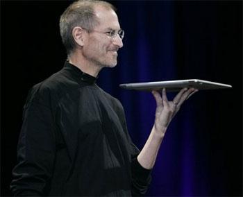 Chỗ dày nhất của MacBook Air là 19 mm. Ảnh: AP.