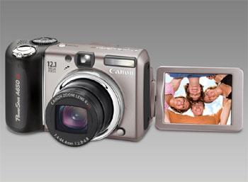 Màn hình của Canon PowerShot A650 IS có khả năng xoay, lật linh hoạt. Ảnh: Lapeceraonline.