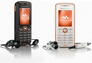 W200i là điện thoại nghe nhạc Walkman rẻ nhất trên thị trường. Ảnh: Cnet.