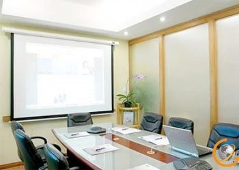 Chưa đến 100 USD/tháng, doanh nghiệp đã có thể tổ các cuộc họp