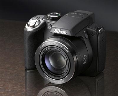 Nikon Coolpix P80 có ống kính zoom quang 18x. Ảnh: Letsgodigital.