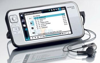 N800 hỗ trợ duyệt web, giải trí. Ảnh: Thiazzi.