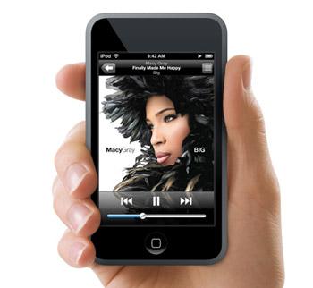 iPod Touch với màn hình cảm ứng rộng. Ảnh: Letsgodigital.