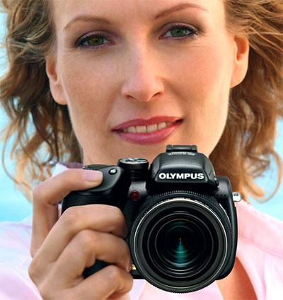 Olympus SP-570UZ là chiếc máy ảnh với nhiều tính năng. Ảnh: Letsgodigital.