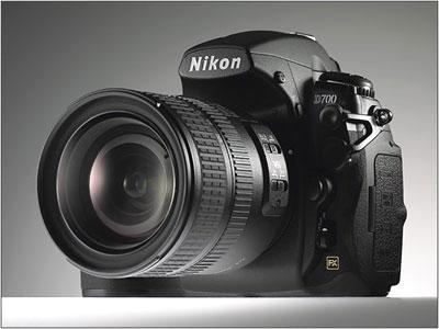 Nikon D700 được chế tạo trên cơ sở D300. Ảnh: Dpreview.