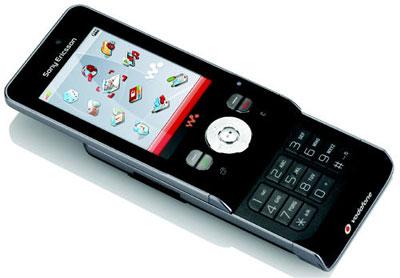Sony Ericsson W910i có thiết kế mỏng gọn. Ảnh: Unwiredview.