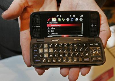 Điện thoại LG tương lai sẽ có tốc độ gấp 8 lần smartphone hiện nay. Ảnh: Reuters.