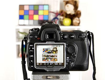 Nikon D3000 có chế độ Live View. Ảnh: Photograph.
