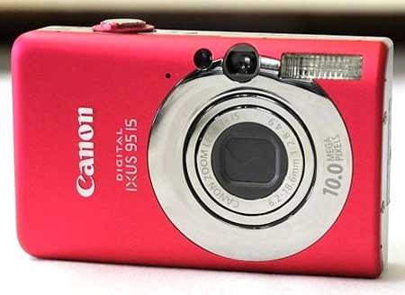 Canon IXUS 95 IS sử dụng dễ dàng. Ảnh: Seedars.