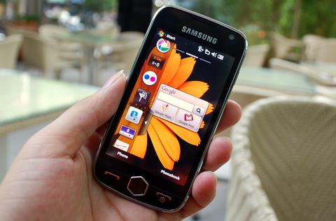 Trên nền tảng Windows Mobile, máy thay đổi nhiều về giao diện với TouchWiz 2.0. Ảnh: Quốc Huy.