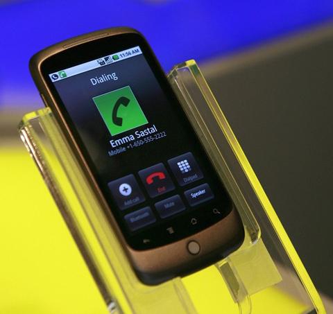 Nexus One với màn hình lớn. Ảnh: Reuters.
