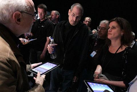 Cùng với iPad, Apple phát triển hệ thống các ứng dụng đi kèm. Ảnh: Getty.