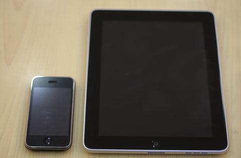 iPad thậm chí bắt sóng Wi-Fi không tốt bằng iPhone. Ảnh: Quốc Huy.