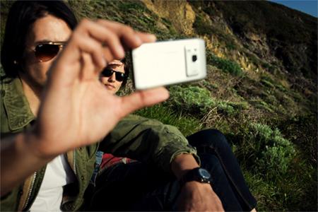 Xem bộ ảnh N8.