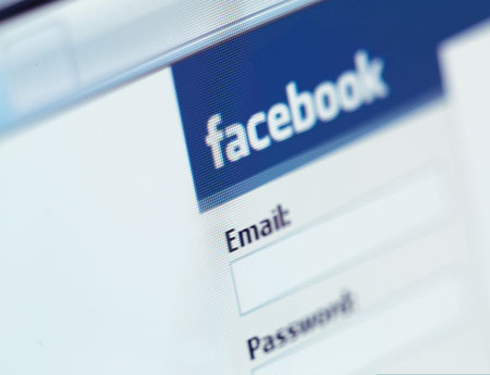 Facebook đang là mảnh đất màu mỡ cho các hacker trục lợi.