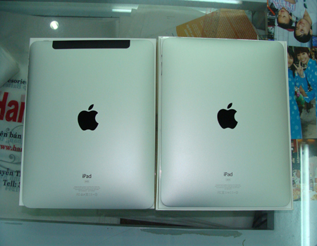 iPad 3G có thêm dải màu đen hỗ trợ bắt sóng 3G.