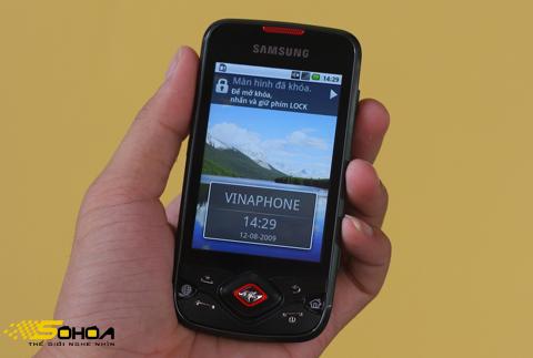 i5700 là di động Android đầu tiên có tiếng Việt. Ảnh: Quốc Huy.