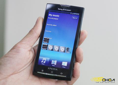 X10 - chiếc Android giá cao gây xôn xao một thời gian. Ảnh: Quốc Huy.