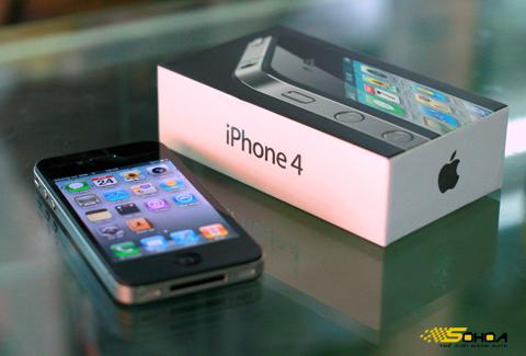 Giá iPhone 4 bắt đầu dừng sau thời kỳ giảm mạnh. Ảnh: Quốc Huy.