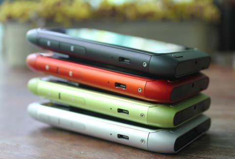 N8 có nhiều màu sắc khác nhau. Ảnh: Thehandheldblog.