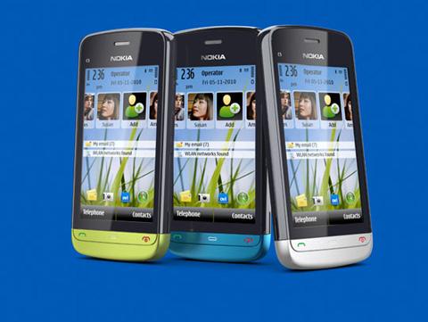 Nokia C5-03 với màn hình chạm.