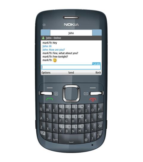 Nokia C3 bán tốt ở phân khúc phổ thông.