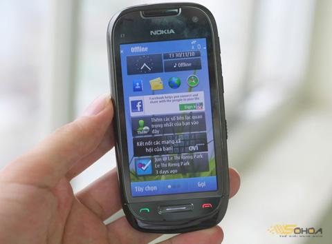 C7 là mẫu di động hạ giá nhiều nhất của Nokia. Ảnh: Quốc Huy.
