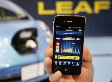 Với việc sản xuất thêm iPhone CDMA, Apple sẽ tăng lượng hàng bán ra. Ảnh: Daylife.