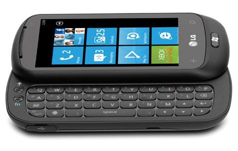 Optimus 7Q với bàn phím QWERTY.