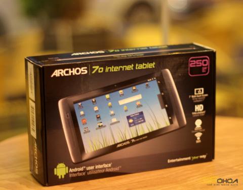 1000028245_ARCHOS_70_250GB_1.jpg