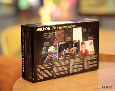 1000028245_ARCHOS_70_250GB_2.jpg