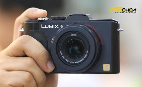 Panasonic Lumix DMC-LX5. Ảnh: Tuấn Hưng.