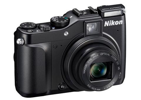 Nikon Coolpix P7000.
