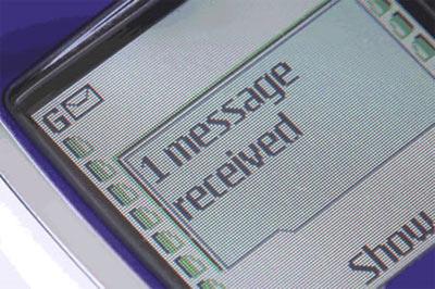 Kỷ lục nhắn tin 182.689 SMS/tháng.