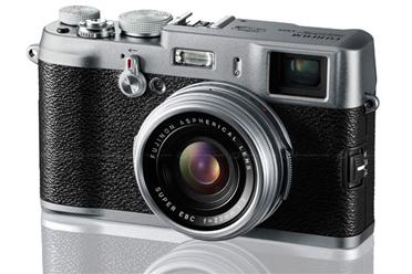 Fujifilm X100 có thiết kế cổ điển. Ảnh: Dpreview.