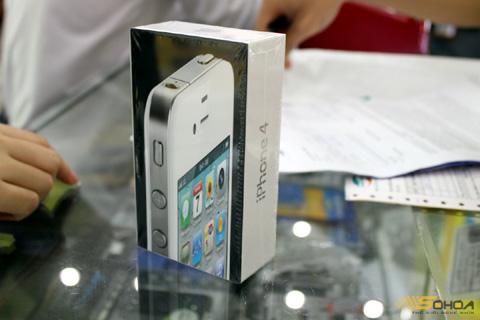 Phiên bản iPhone 4 màu trắng của Viettel.