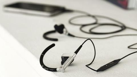 Bang & Olufsen EarSet 3i.