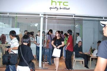 HTC cho biết, Store mới của hãng sẽ là nơi khách hàng trải nghiệm trước khi mua hàng.