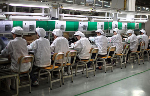 Thêm nhà sản xuất sẽ giúp Apple tránh được các rủi ro. Ảnh: