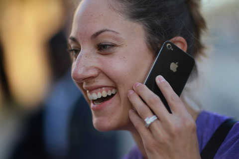 Apple là nhà sản xuất smartphone số một thế giới. Ảnh: Daylife.