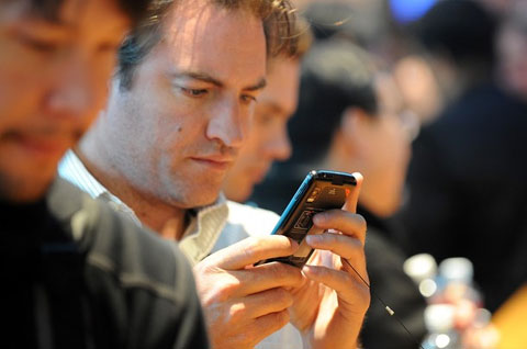 Google chính thức sở hữu Motorola. Ảnh: Daylife.
