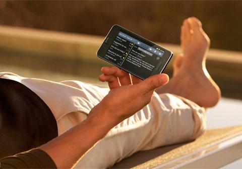 Samsung Galaxy S II được vinh danh ở hạng mục điện thoại tốt nhất.